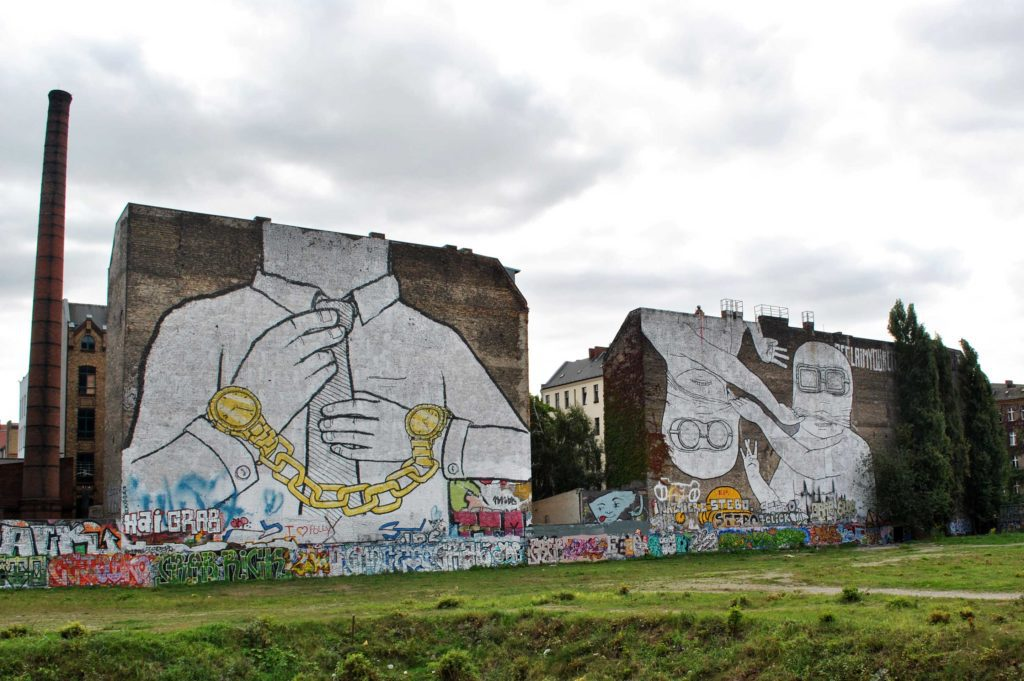 Street-Art-In-Berlin-BLU-4-1024x681