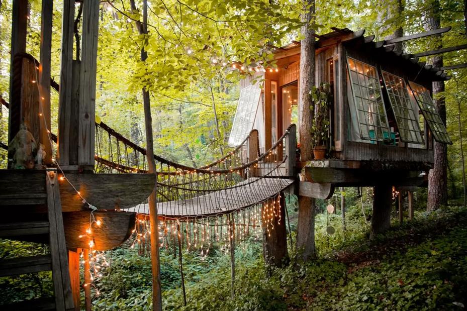 1467239439-georgia-airbnb