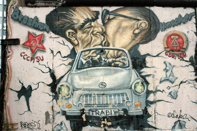 BerlinWallSeries2015