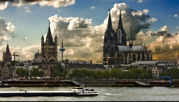 cologne-cathedral-germany-wide_25351100