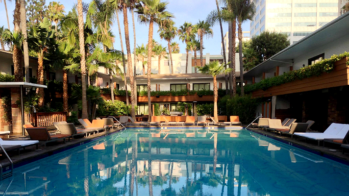 hollywood-roosevelt-tropicana-pool