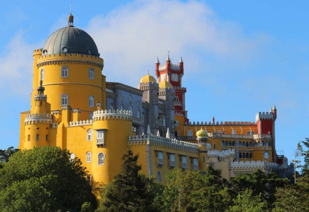 what-to-do-in-lisbon-experiences-sintra-castle