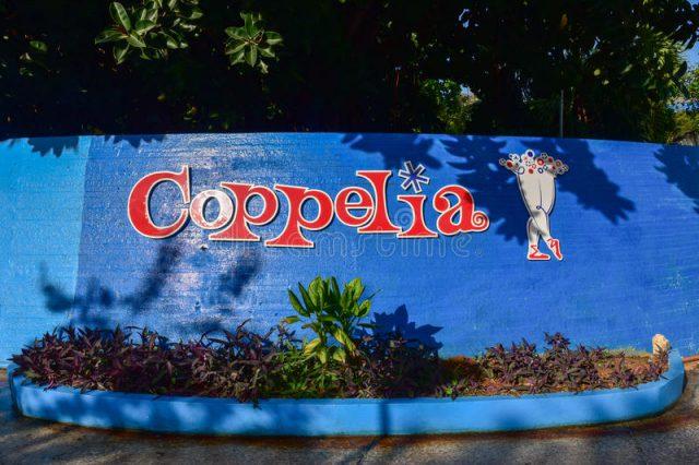 coppelia-ice-cream-havana-cuba-jan-famous-parlour-91132415