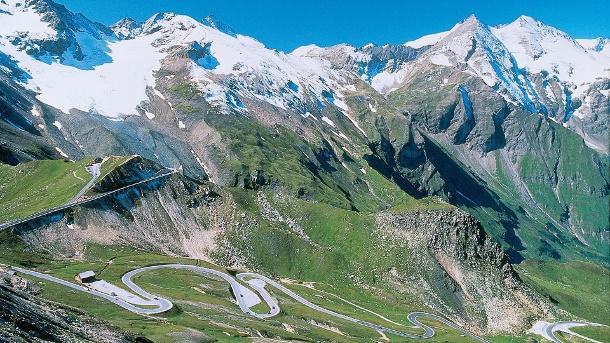 die-grossglockner-hochalpenstrasse-ist-der-klassiker-unter-den-alpenpaessen-